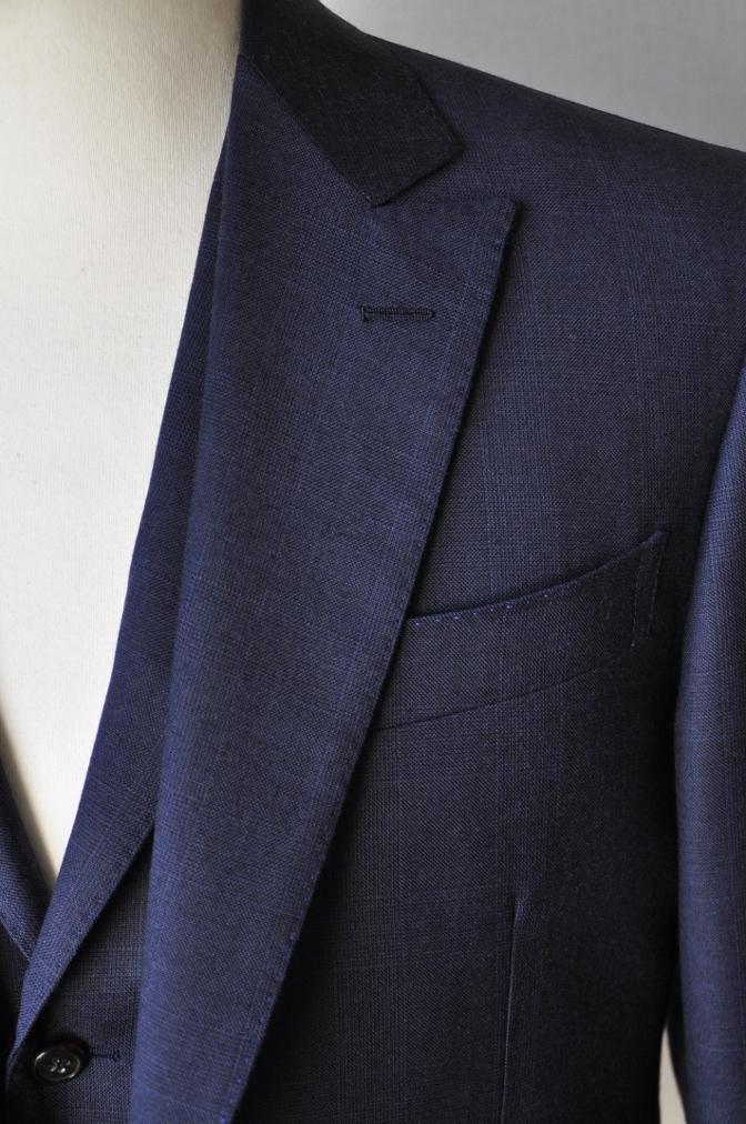 DSC10011 お客様のスーツの紹介-御幸毛織 ネイビーチェック スリーピース-