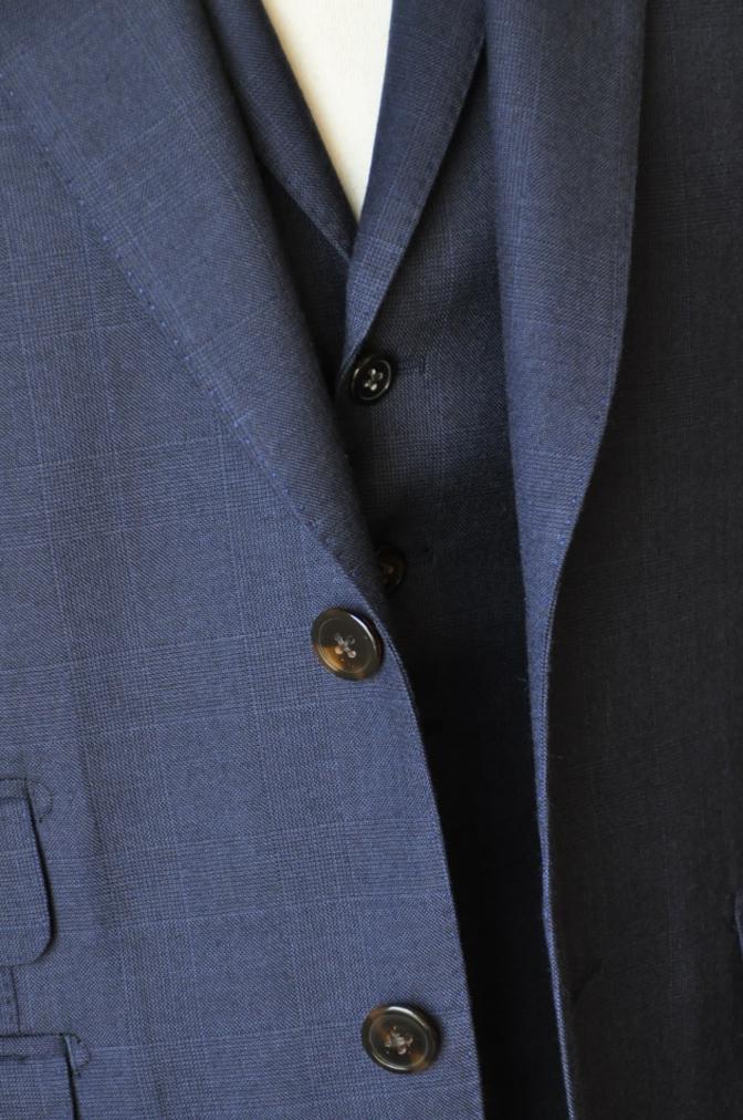 DSC10041 お客様のスーツの紹介-御幸毛織 ネイビーチェック スリーピース-