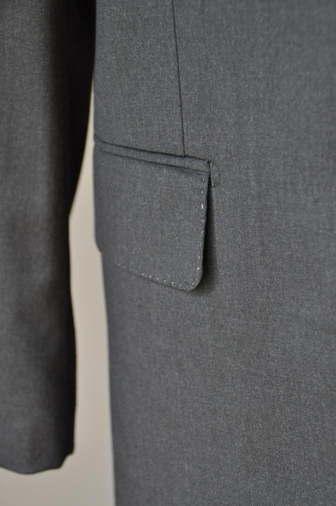 DSC1018 お客様のスーツの紹介-BIELLESI チャコールグレー スリーピース-