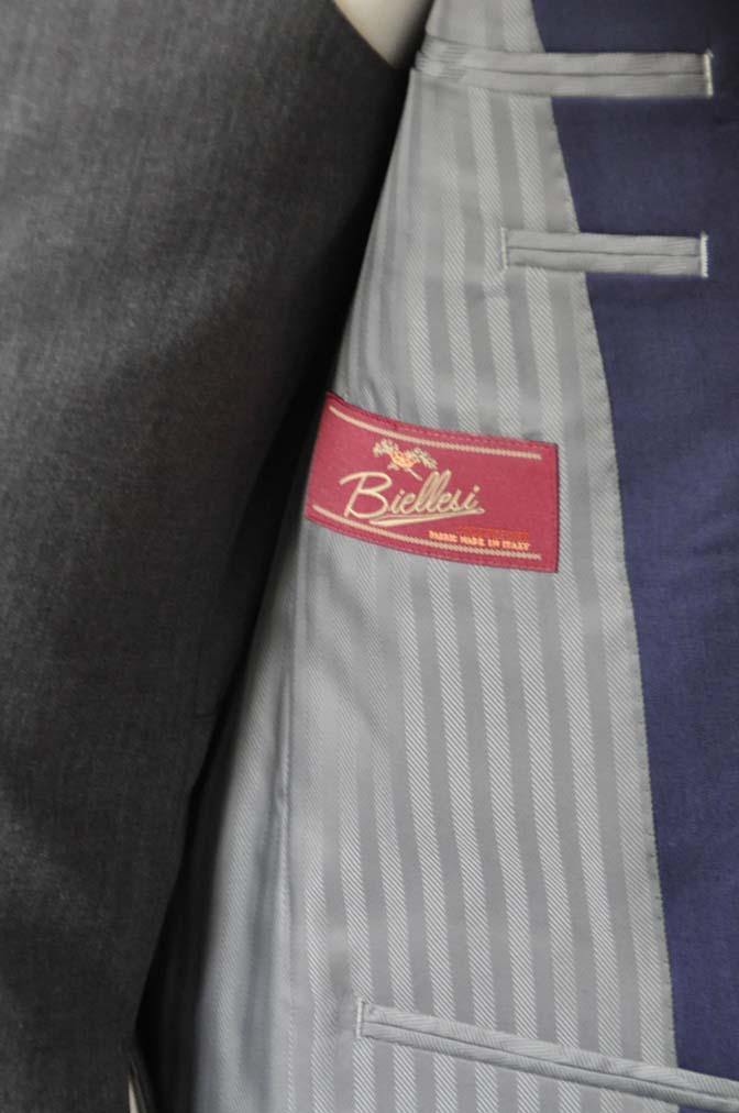 DSC1021-1 お客様のウエディング衣装の紹介- Biellesi ネイビースーツ グレーベスト-DSC1021-1 お客様のウエディング衣装の紹介- Biellesi ネイビースーツ グレーベスト- 名古屋市のオーダータキシードはSTAIRSへ