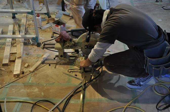 DSC1023-2 着々と進む内装工事。 名古屋の完全予約制オーダースーツ専門店DEFFERT