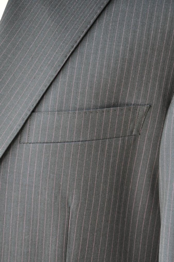 DSC10354 お客様のスーツの紹介-Tollegno ネイビーストライプ-