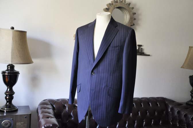 DSC1040-1 お客様のスーツの紹介- Biellesi ネイビーストライプスーツ-