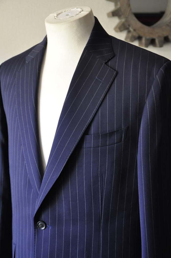DSC1042-1 お客様のスーツの紹介- Biellesi ネイビーストライプスーツ-