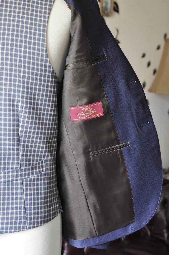 DSC1044-2 お客様のウエディング衣装の紹介- Biellesiネイビージャケット ネイビーチェックベスト ホワイトパンツ-DSC1044-2 お客様のウエディング衣装の紹介- Biellesiネイビージャケット ネイビーチェックベスト ホワイトパンツ- 名古屋市のオーダータキシードはSTAIRSへ
