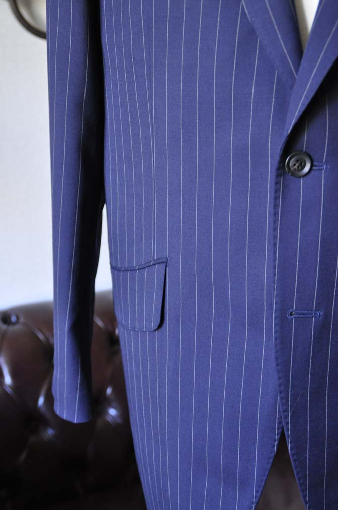 DSC1045-1 お客様のスーツの紹介- Biellesi ネイビーストライプスーツ-