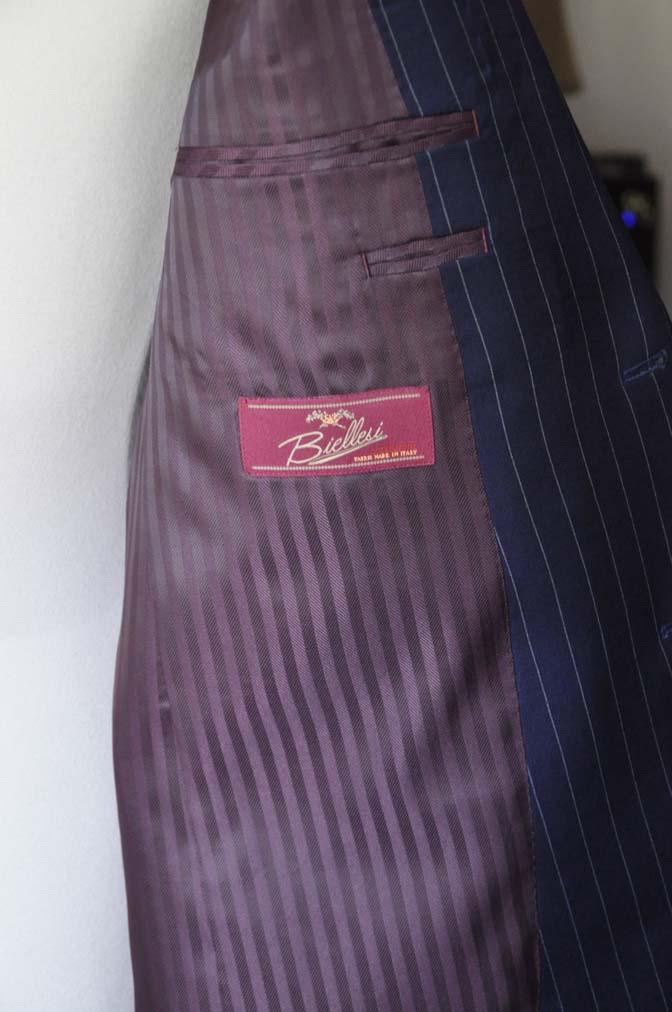 DSC1048-1 お客様のスーツの紹介- Biellesi ネイビーストライプスーツ-