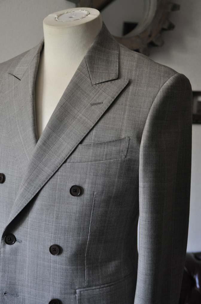DSC1055-1 スーツの紹介- 御幸毛織 グレーウィンドペン ダブルスーツ- 名古屋の完全予約制オーダースーツ専門店DEFFERT