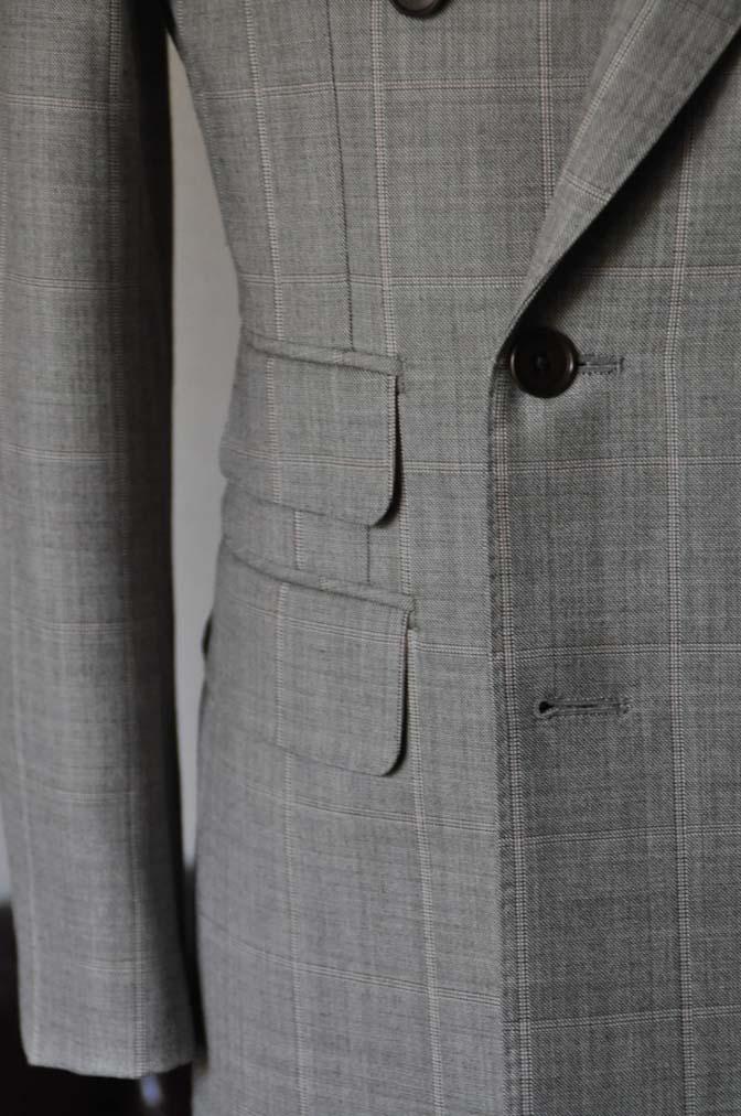 DSC1059-1 スーツの紹介- 御幸毛織 グレーウィンドペン ダブルスーツ- 名古屋の完全予約制オーダースーツ専門店DEFFERT