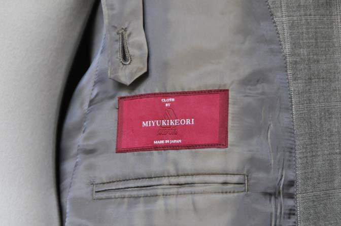 DSC1065-1 スーツの紹介- 御幸毛織 グレーウィンドペン ダブルスーツ- 名古屋の完全予約制オーダースーツ専門店DEFFERT