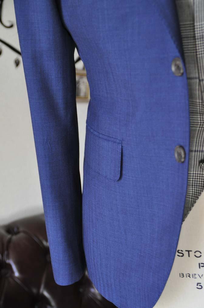 DSC1070-3 オーダータキシード(新郎衣装)の紹介-Biellesiネイビーヘリンボーンスーツ グレンチェックベスト- 名古屋の完全予約制オーダースーツ専門店DEFFERT