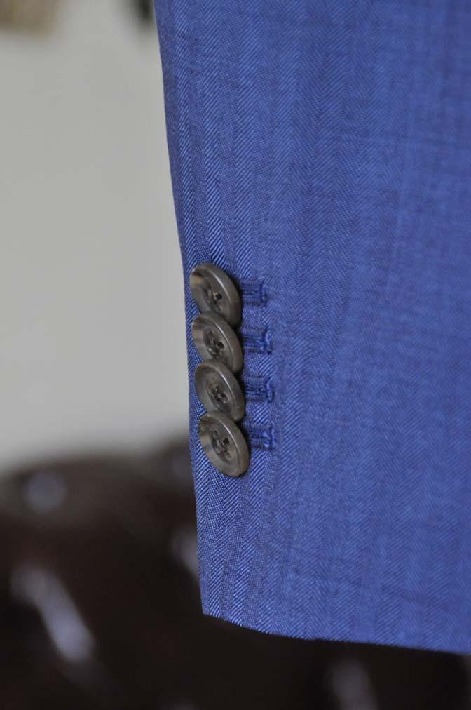 DSC1071-3 オーダータキシード(新郎衣装)の紹介-Biellesiネイビーヘリンボーンスーツ グレンチェックベスト- 名古屋の完全予約制オーダースーツ専門店DEFFERT