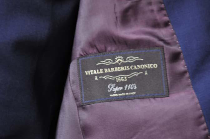 DSC1077-1 お客様のスーツの紹介- Canonico 無地ネイビースリーピーススーツ- 名古屋の完全予約制オーダースーツ専門店DEFFERT