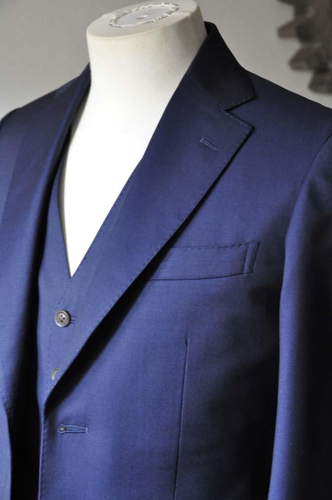 DSC1078-1 お客様のスーツの紹介- Canonico 無地ネイビースリーピーススーツ- 名古屋の完全予約制オーダースーツ専門店DEFFERT