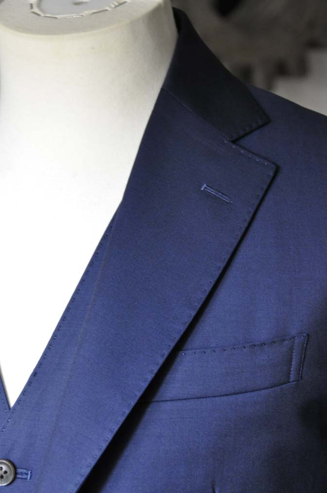 DSC1079-1 お客様のスーツの紹介- Canonico 無地ネイビースリーピーススーツ- 名古屋の完全予約制オーダースーツ専門店DEFFERT