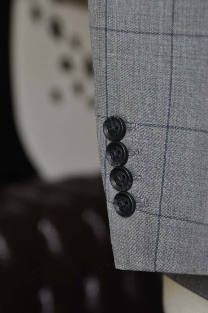DSC1089-1 お客様のスーツの紹介-Biellesiグレーウィンドペンスーツ-