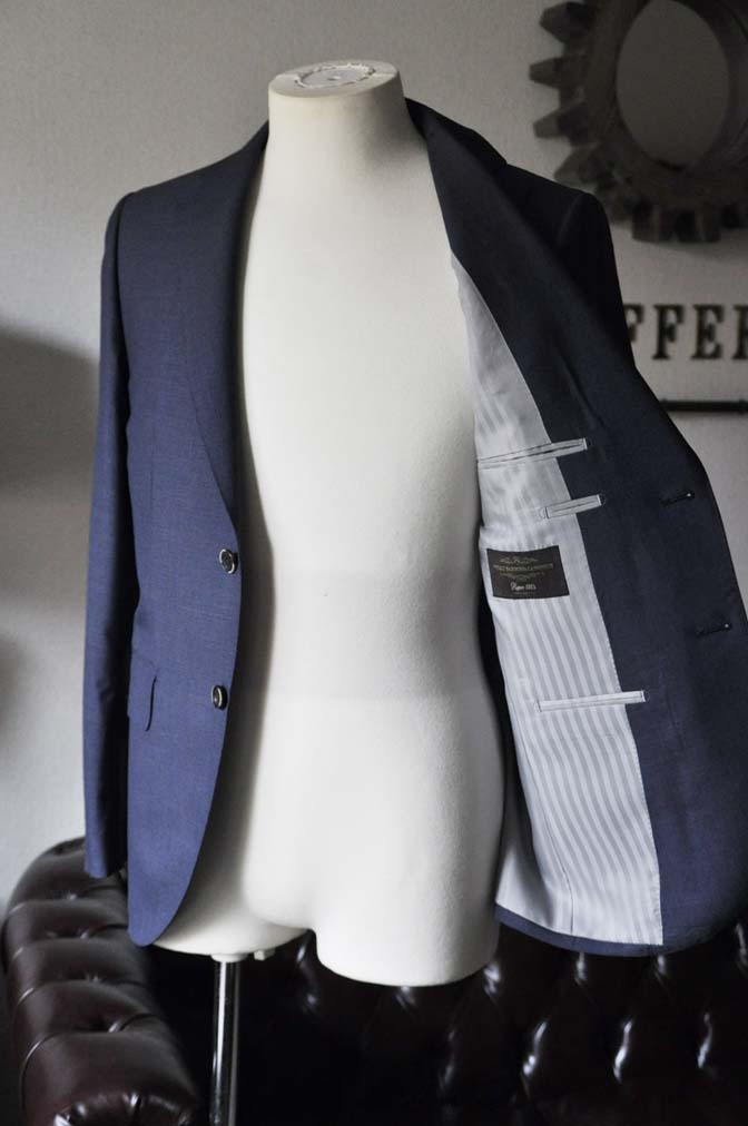 DSC1089 お客様のスーツの紹介- Canonico 無地ネイビースーツ- 名古屋の完全予約制オーダースーツ専門店DEFFERT