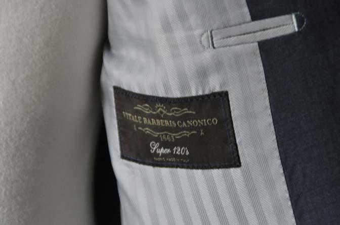 DSC1093 お客様のスーツの紹介- Canonico 無地ネイビースーツ- 名古屋の完全予約制オーダースーツ専門店DEFFERT