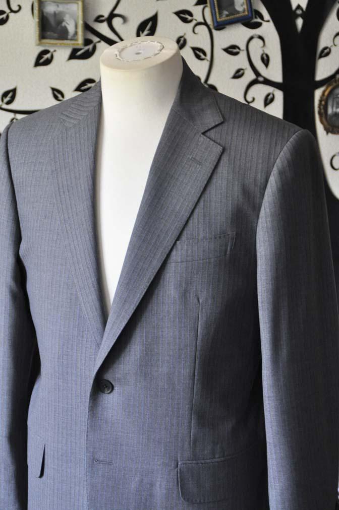 DSC1097-1 お客様のスーツの紹介-Biellesiグレーストライプスーツ-