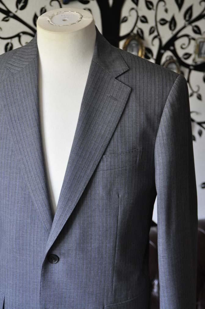 DSC1098-2 お客様のスーツの紹介-Biellesiグレーストライプスーツ-