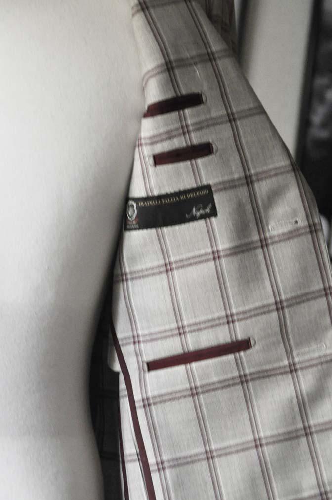 DSC1101 お客様のジャケットの紹介-TALLIA DI DELFINO ベージュ/レッドウィンドペン-
