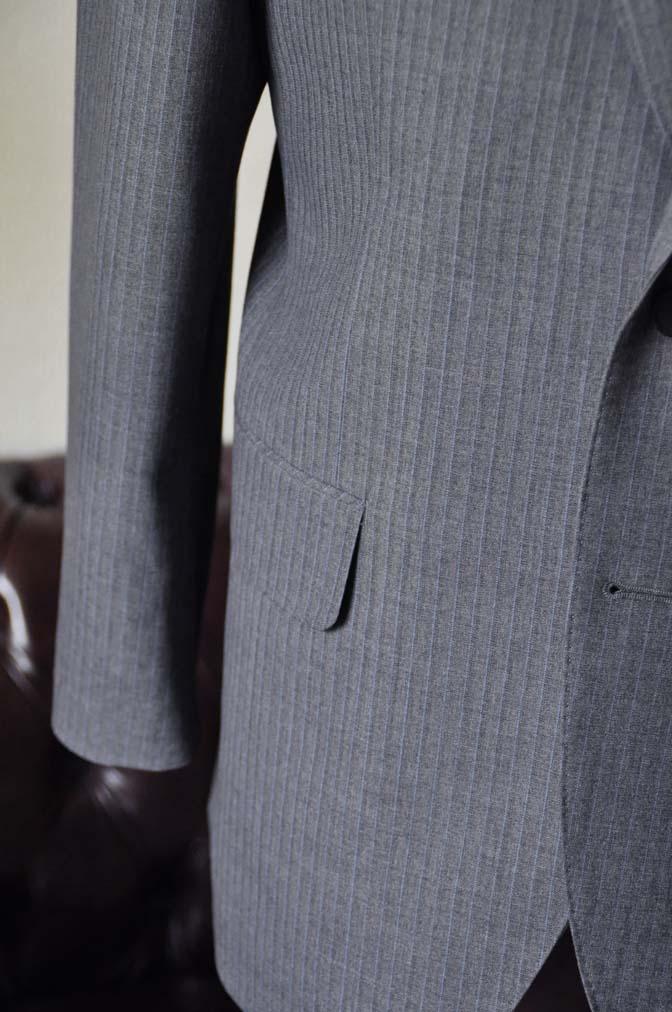 DSC1102-2 お客様のスーツの紹介-Biellesiグレーストライプスーツ-