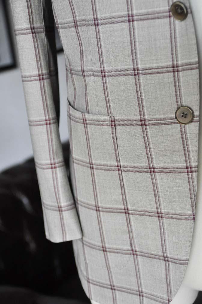 DSC1107 お客様のジャケットの紹介-TALLIA DI DELFINO ベージュ/レッドウィンドペン-