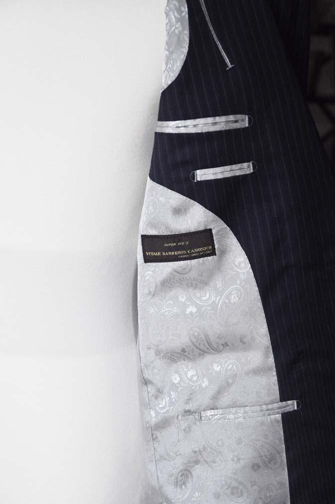 DSC11142 お客様のスーツの紹介-CANONICO ネイビーストライプ-