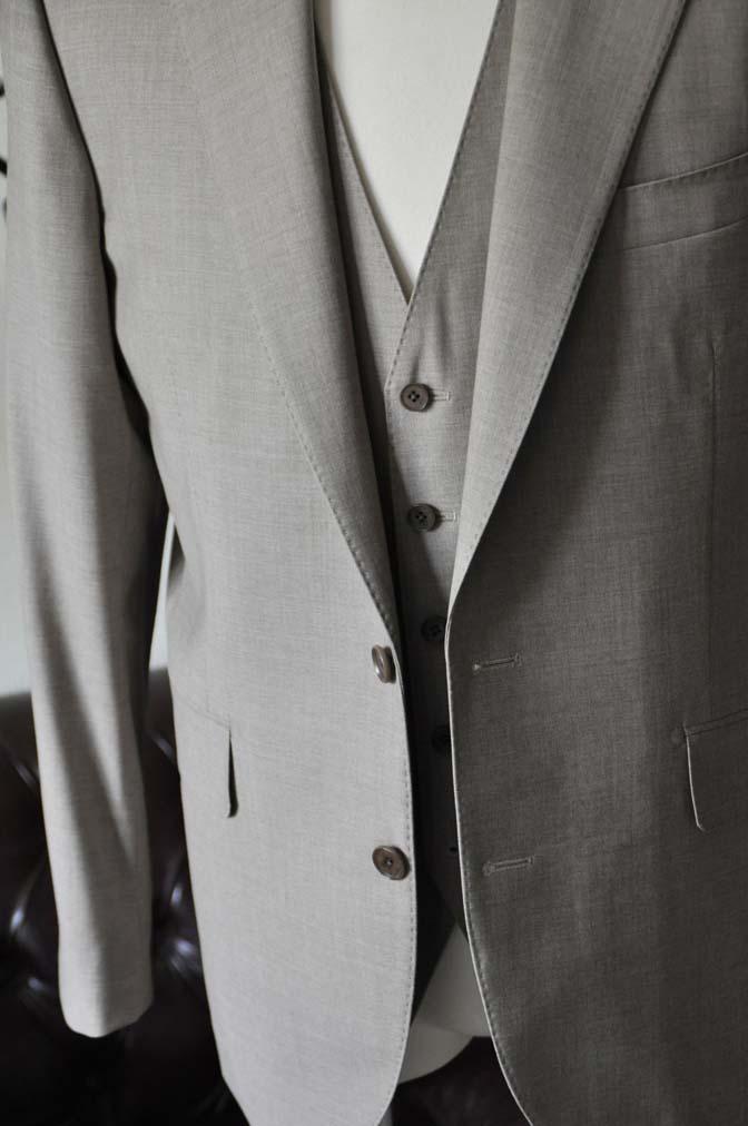 DSC1116-2 お客様のスーツの紹介-REDA ライトブラウンスリーピース- 名古屋の完全予約制オーダースーツ専門店DEFFERT