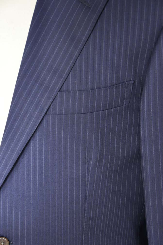 DSC11192 お客様のスーツの紹介-CANONICO ネイビーストライプ-