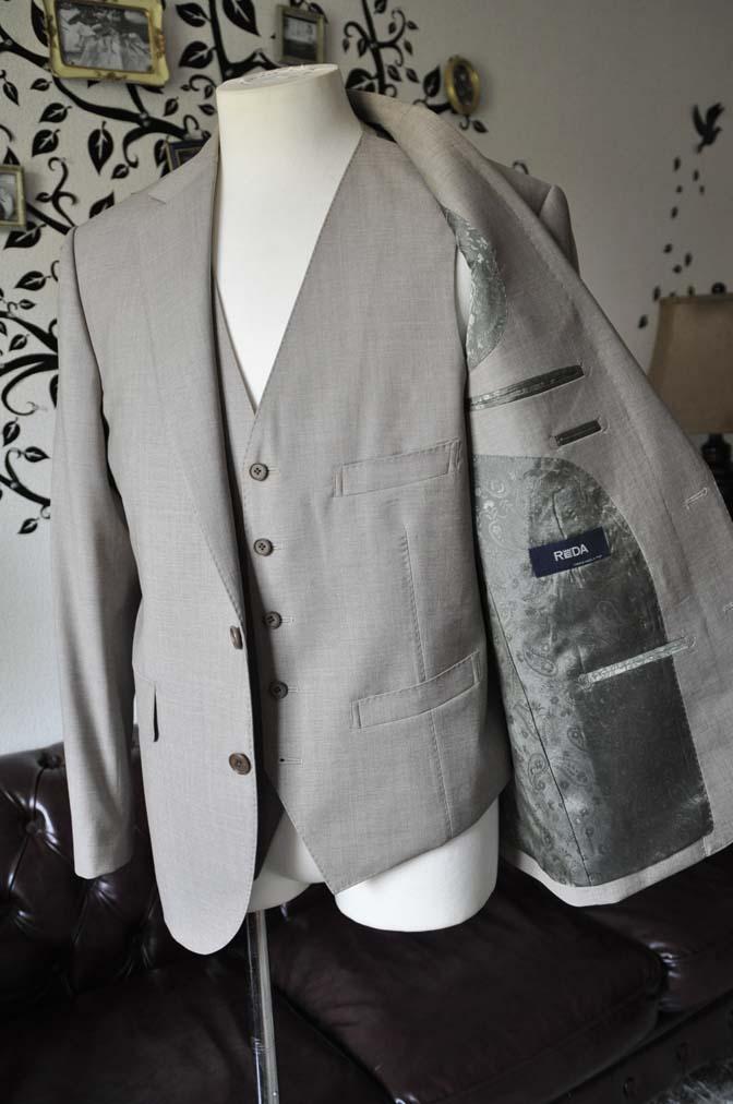 DSC1121-2 お客様のスーツの紹介-REDA ライトブラウンスリーピース- 名古屋の完全予約制オーダースーツ専門店DEFFERT