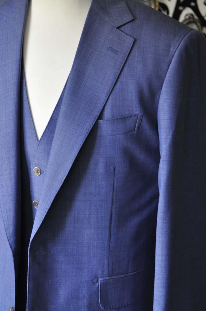 DSC1135-1 お客様のスーツの紹介-CANONICOネイビースリーピース-