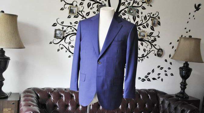 お客様のスーツの紹介-Biellesi無地ネイビースーツ-