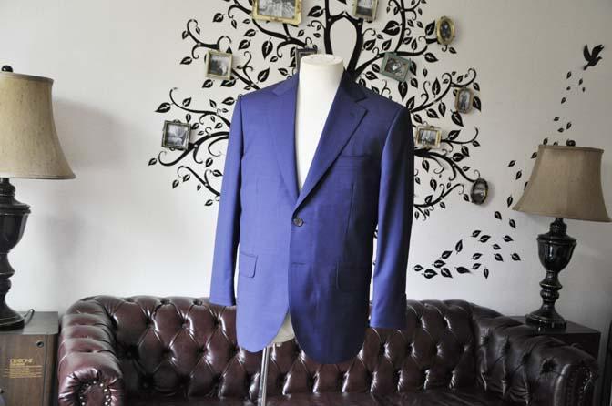 DSC1147-2 お客様のスーツの紹介-Biellesi無地ネイビースーツ-