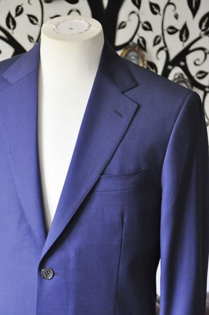 DSC1152-1 お客様のスーツの紹介-Biellesi無地ネイビースーツ-