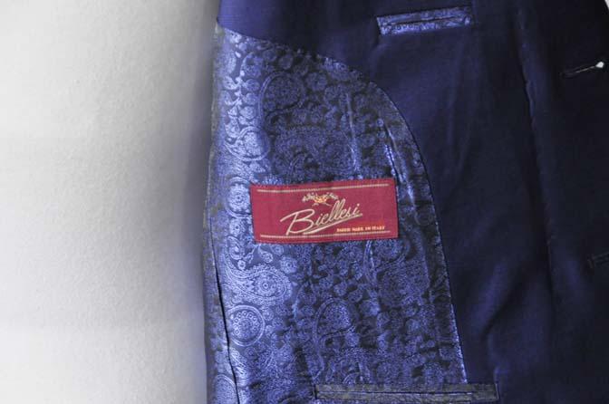 DSC1160-2 お客様のスーツの紹介-Biellesi無地ネイビースーツ-