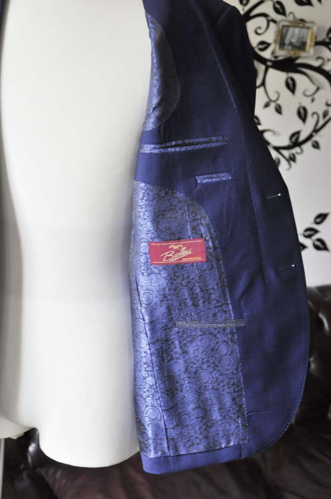 DSC1161-1 お客様のスーツの紹介-Biellesi無地ネイビースーツ- 名古屋の完全予約制オーダースーツ専門店DEFFERT