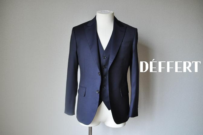 DSC11654 お客様のウエディング衣装の紹介-無地ネイビースリーピースにチェックパンツ-