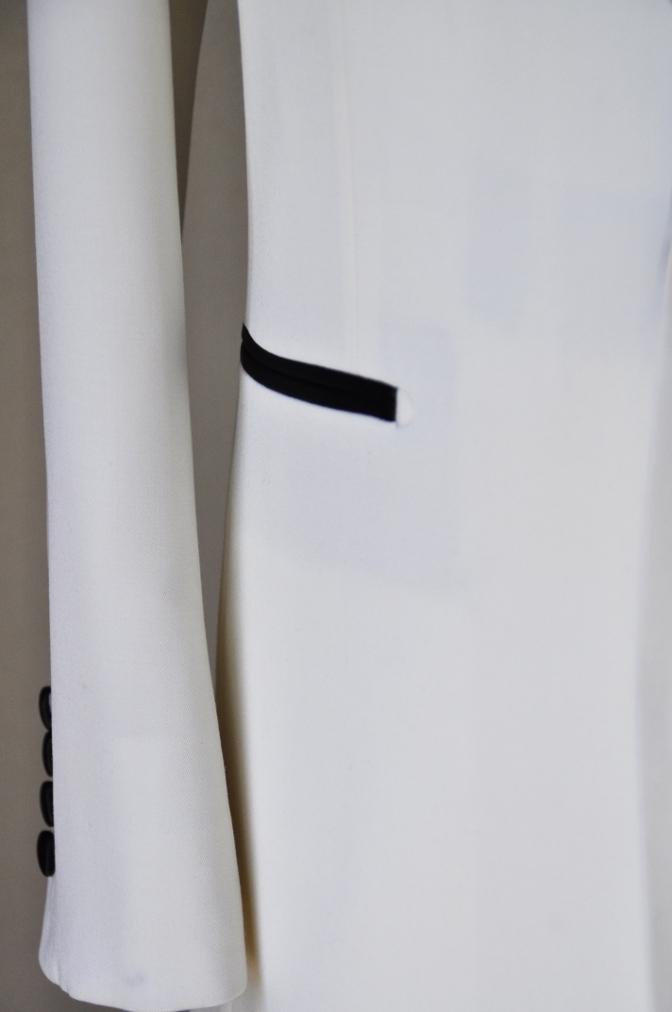 DSC11841 お客様のタキシードの紹介-ホワイト ショールカラータキシード-