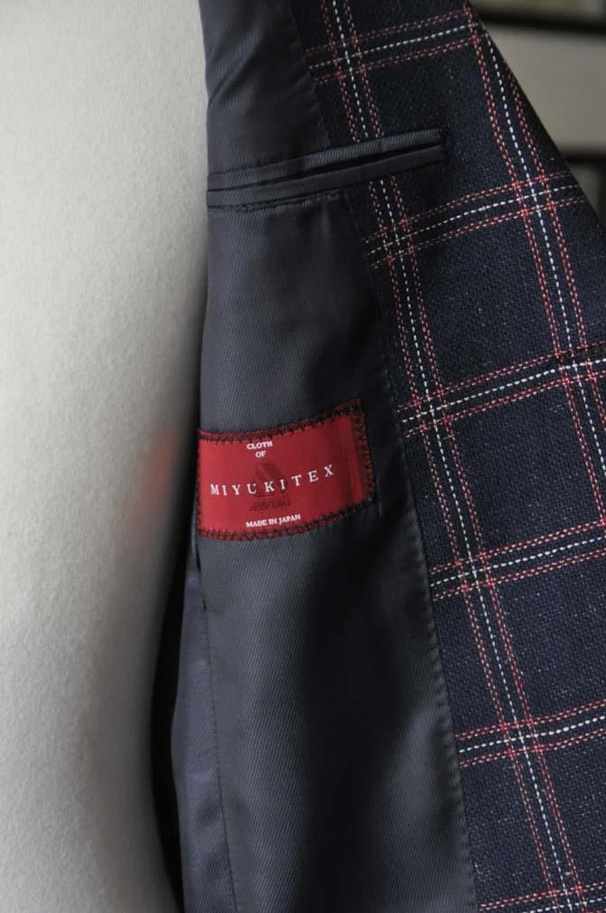 DSC11922 お客様のスーツの紹介-御幸毛織 ネイビーリネンチェック-