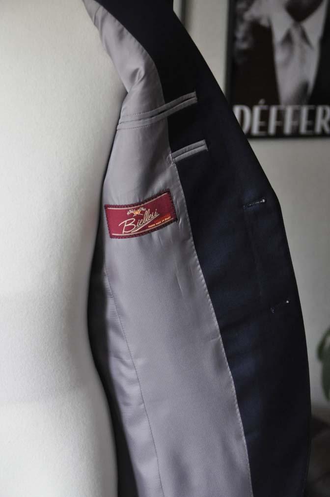 DSC12121 お客様のスーツの紹介-Biellesi 無地ネイビースーツ-