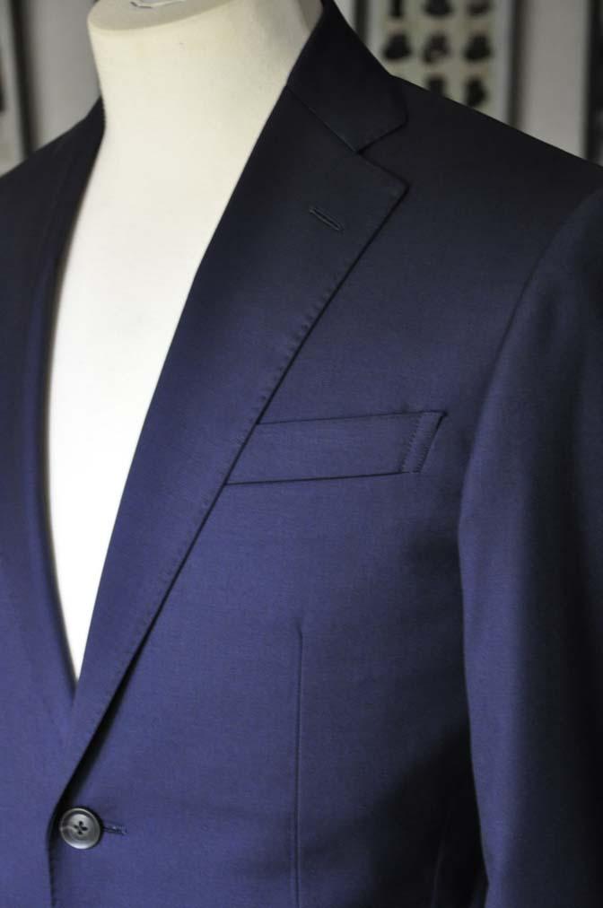 DSC12143 お客様のスーツの紹介-Biellesi 無地ネイビースーツ-