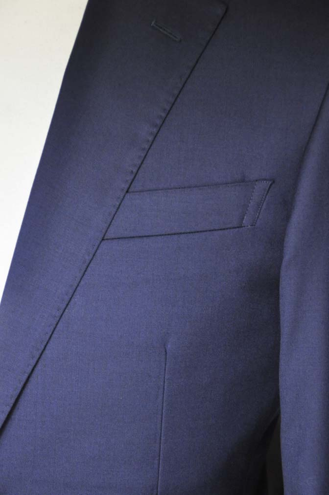 DSC12163 お客様のスーツの紹介-Biellesi 無地ネイビースーツ-