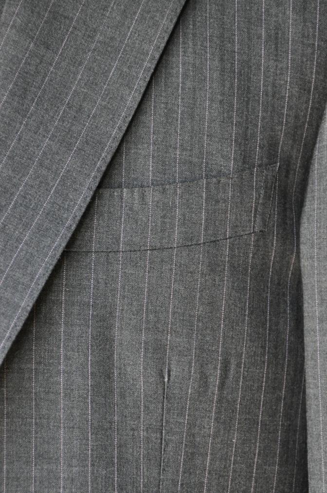 DSC12181 お客様のスーツの紹介-御幸毛織 グレーストライプ-