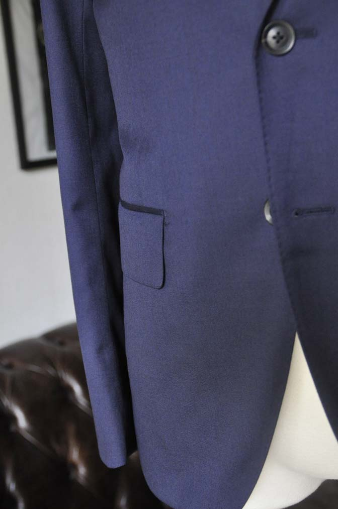 DSC12183 お客様のスーツの紹介-Biellesi 無地ネイビースーツ-