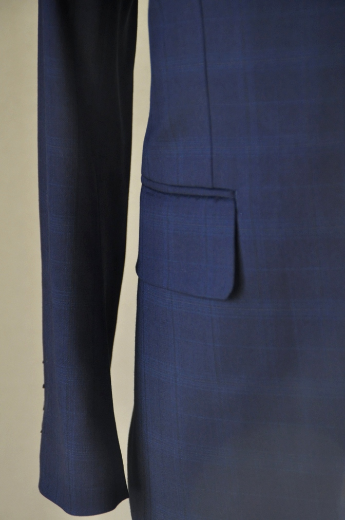 DSC12202 お客様のスーツの紹介-Biellesi ネイビーチェックス-ツ-