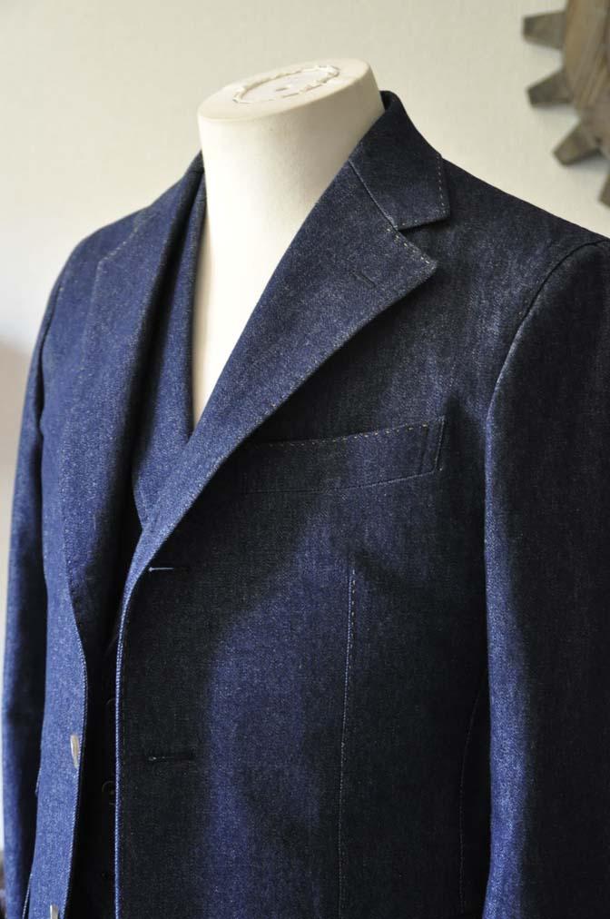 DSC1221-1 お客様のスーツの紹介- デニムスリーピーススーツ- 名古屋の完全予約制オーダースーツ専門店DEFFERT