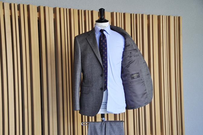 DSC1223-5 オーダースーツの紹介-CANONICO ブラウンフランネルスーツ-