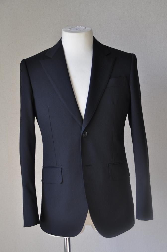 DSC12261 お客様のスーツの紹介-ブラックスーツ- 名古屋の完全予約制オーダースーツ専門店DEFFERT