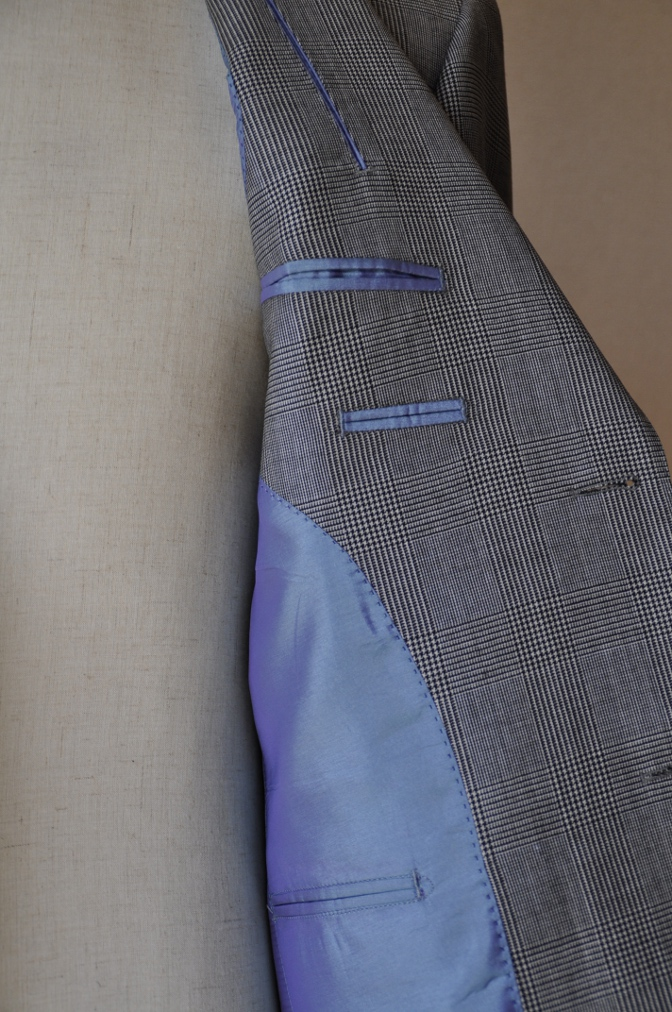 DSC1232 お客様のスーツの紹介-グレンチェック シングル2つボタン-